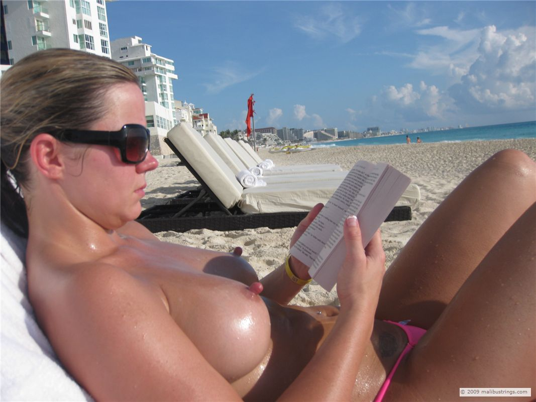 Can look busty wife topless beach