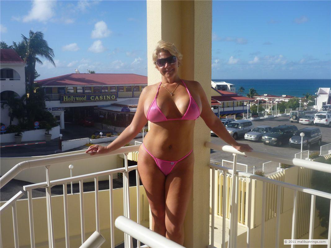 Sexiest lingerie pics