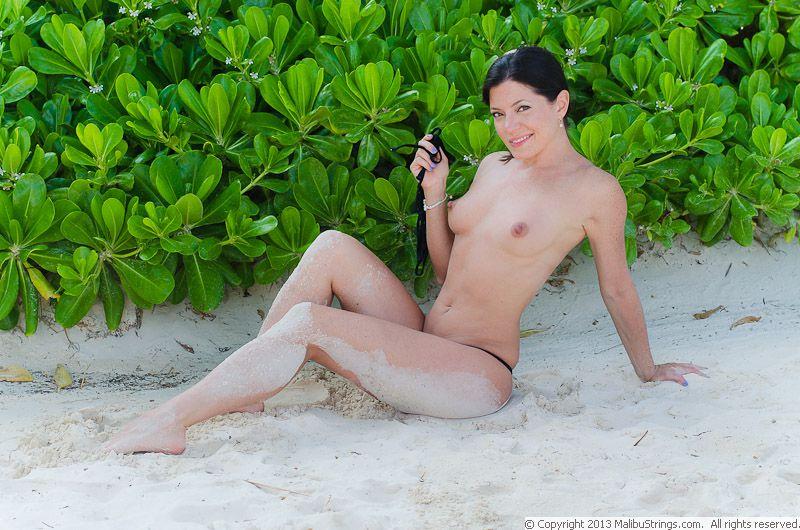 MalibuStrings.com Bikini Competition | Sarah C. - Gallery 2