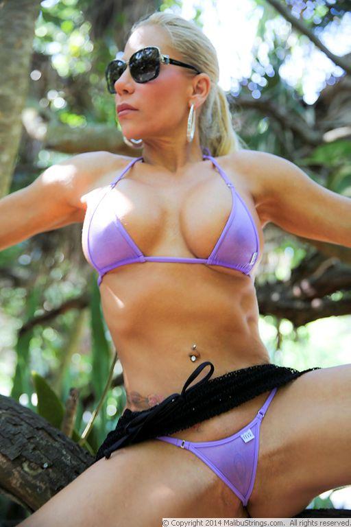 Leann barwick bikini pictures