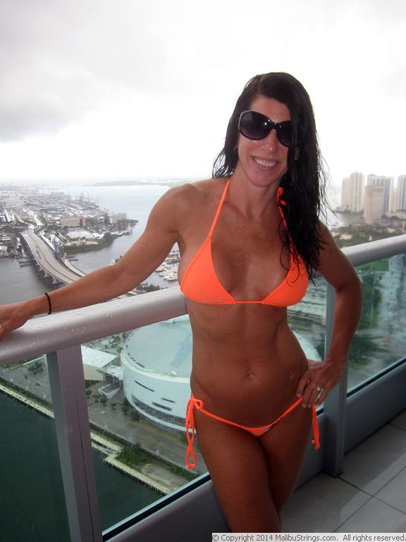 Malibustrings Com Bikini Competition Laurie G Gallery 1
