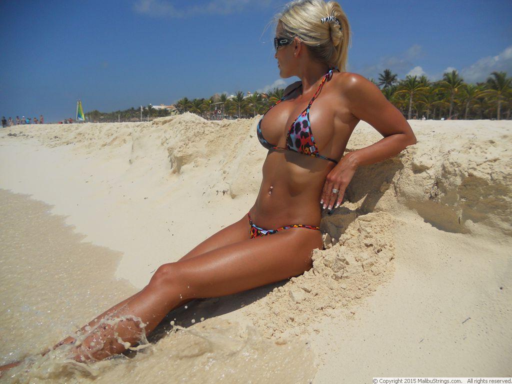 galleries bikini competition