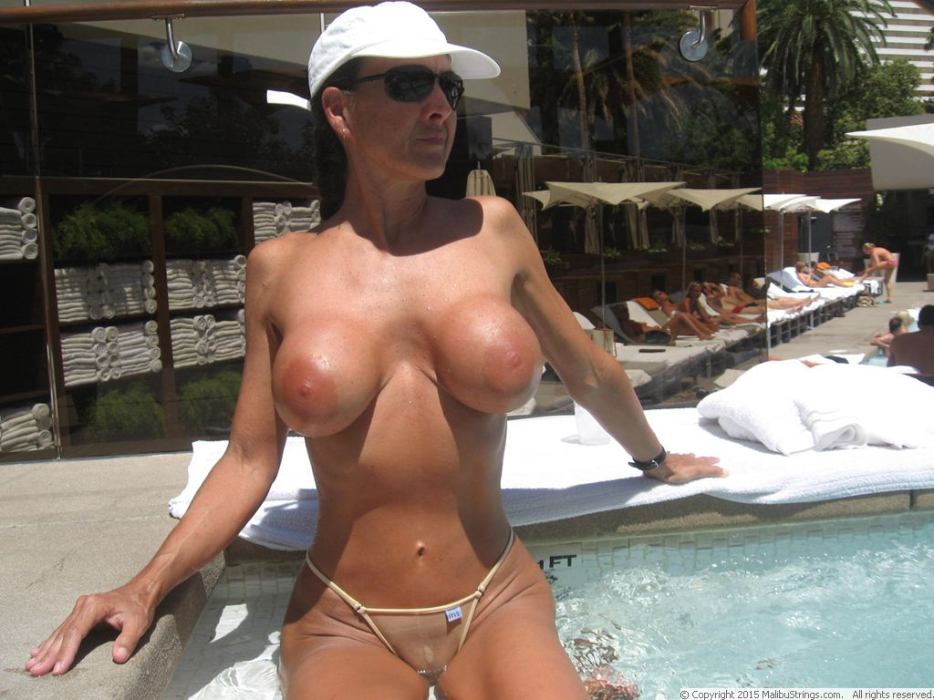 A wife flashing without panties Part 8 5