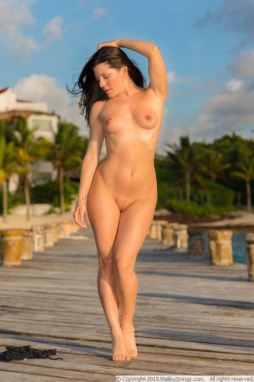 MalibuStrings.com Bikini Competition   Sarah C. - Gallery 3