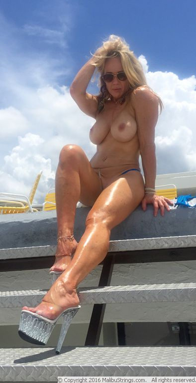 image Perfect view on my pussy and masturbation