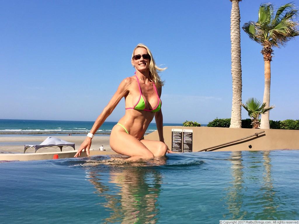 Malibustrings Com Bikini Competition Susan Gallery 1