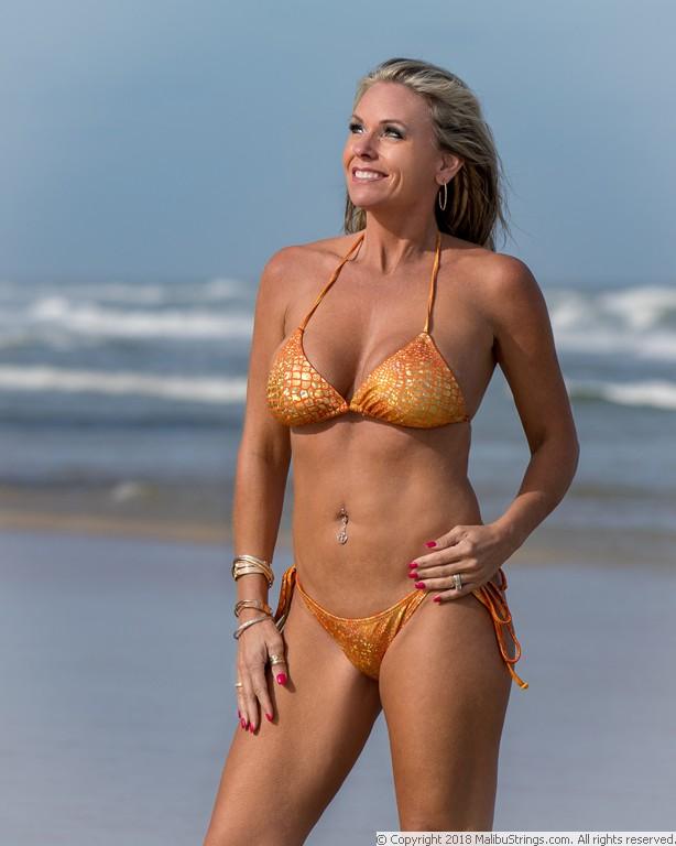competition bikini Malibu strings