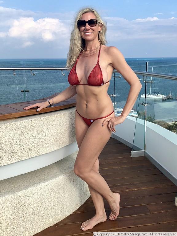 MalibuStrings.com Bikini Competition