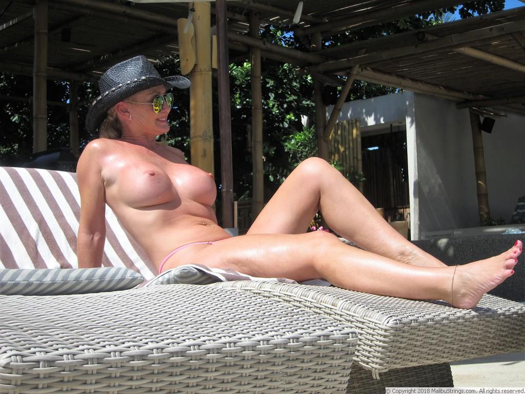 Suzy kolber naked pics